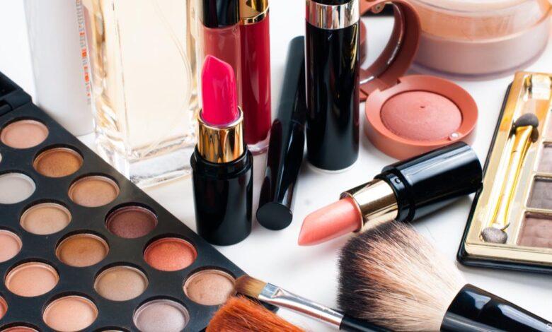 أسرار صناعة مستحضرات التجميل